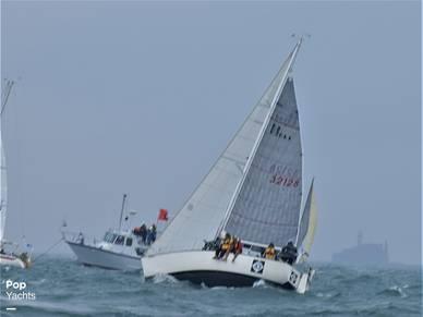 Under Sail On Gitchigoomie