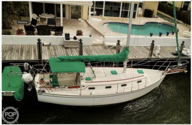 Island Packet 31, 31, for sale - $39,900