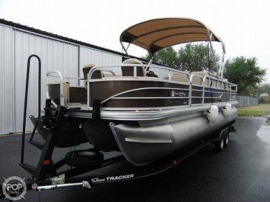 Sun Tracker 24 DLX Fishin' Barge, 24, for sale