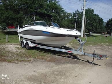 Rinker Flotella 228, 228, for sale - $34,900
