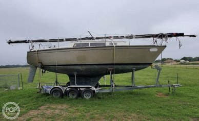 S2 Yachts 8.5, 28', for sale - $13,750