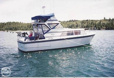 Marinette 32 Express Fisherman, 32, for sale - $18,000