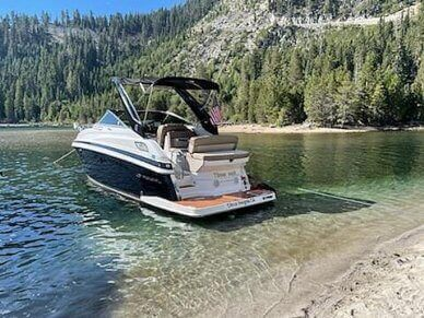 Regal 28 Express, 28, for sale - $128,000