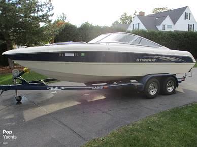 Stingray 220 LX, 220, for sale - $22,750