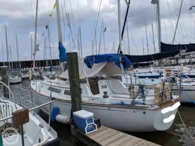 C & C Yachts Landfall 35, 35, for sale - $21,250