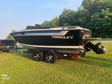 Formula Three LS, 21', for sale - $16,250