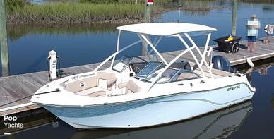 Sea Fox 226 Traveler, 226, for sale - $72,300
