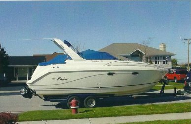 Rinker 270 Fiesta Vee, 30', for sale - $26,999