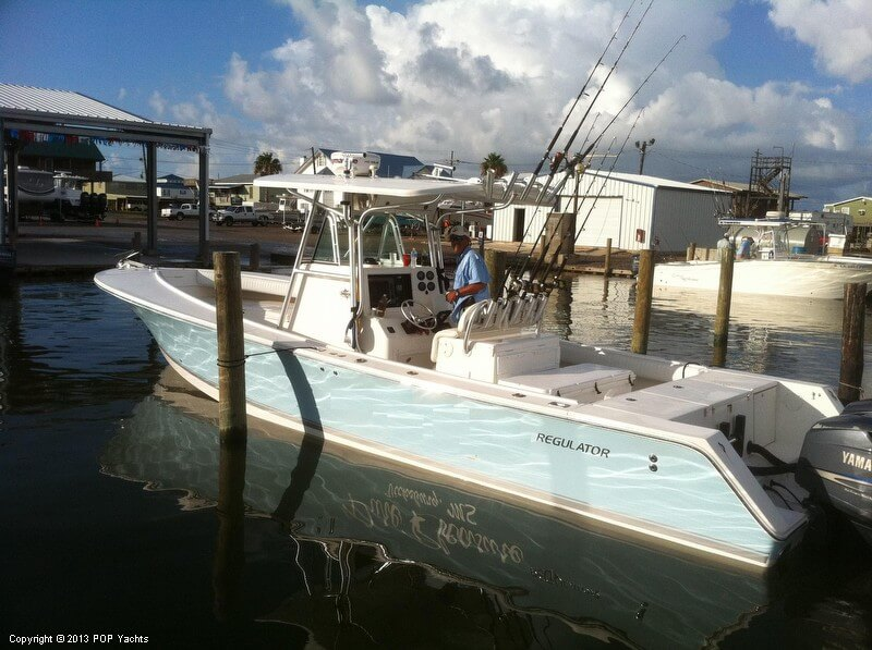 Regulator 32 FS Center Console, 32', for sale - $97,500