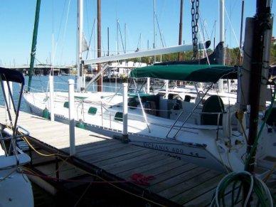 Beneteau Oceanis 400, 40', for sale - $90,000