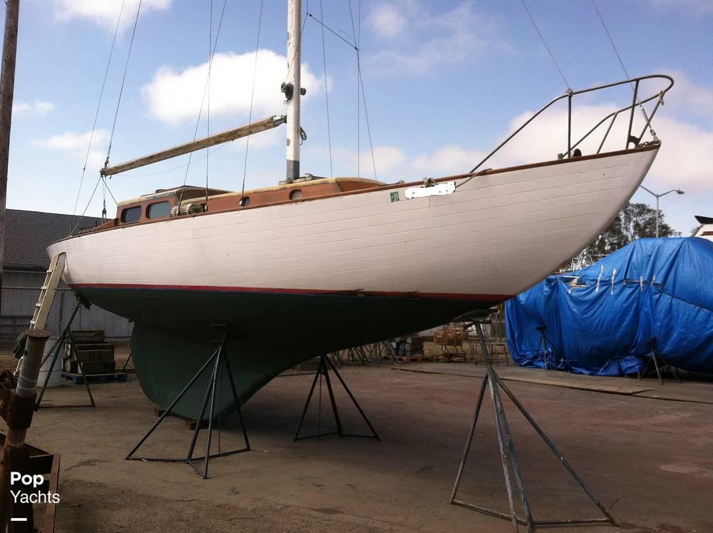 Kettenburg K38, 38', for sale - $25,000
