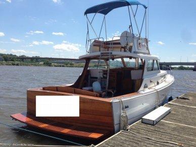 Egg Harbor 37 Express Flybridge, 37', for sale - $40,000