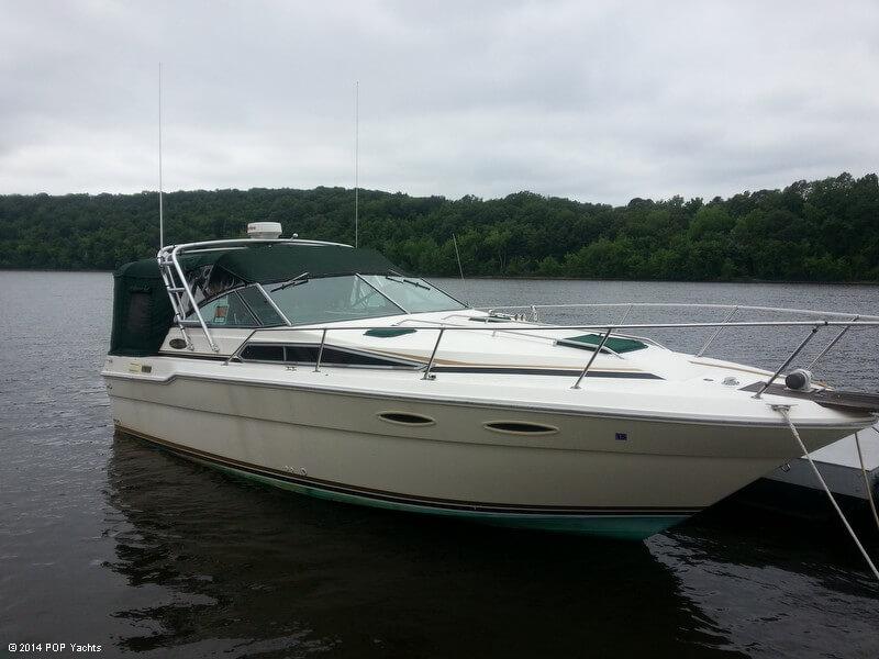 Sea Ray 300 Sundancer, 31', for sale - $13,000