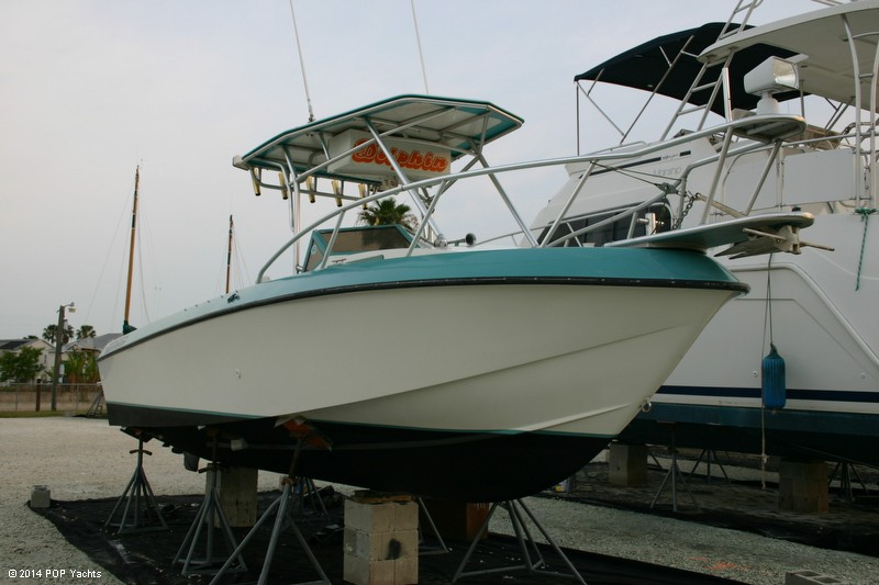 Penn Yan 240 Sharp Walkaround, 23', for sale - $7,700