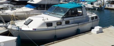 Carver 2807 Riviera Aft Cabin, 28', for sale - $12,500