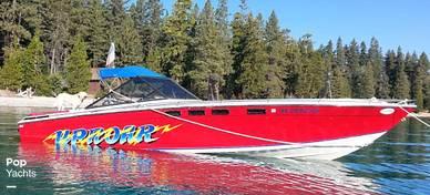 Formula 302 LS, 33', for sale - $37,500