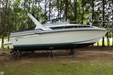 Formula Thunderbird F29 PC, 33', for sale - $12,500