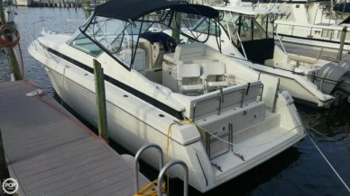 Wellcraft 33 St Tropez, 33', for sale - $26,000