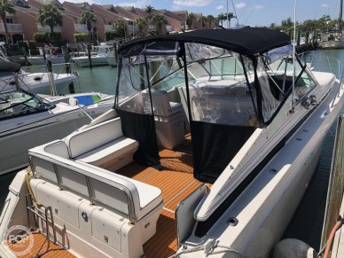Wellcraft 33 St Tropez, 33, for sale - $32,000