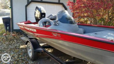 Tracker Pro Team 175 TXW, 17', for sale - $12,000