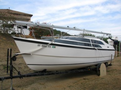 MacGregor 26, 25', for sale - $21,000