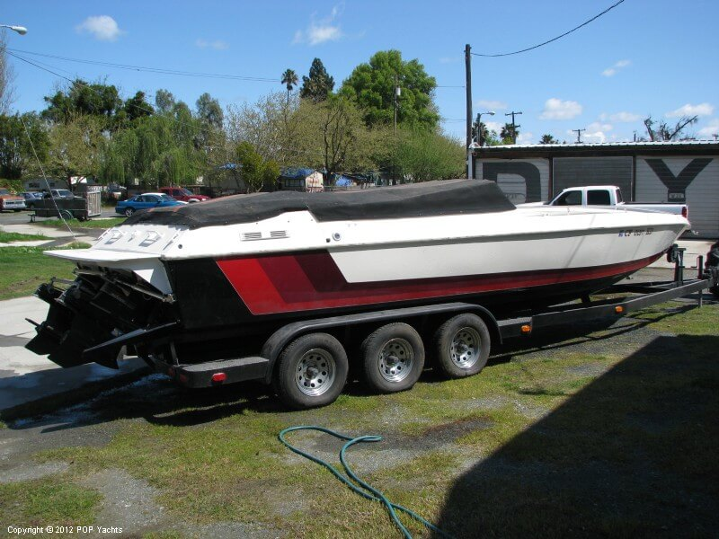 Warlock 28 High Performance, 30', for sale - $32,000