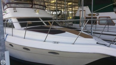 Cruisers 3950, 39', for sale - $59,900