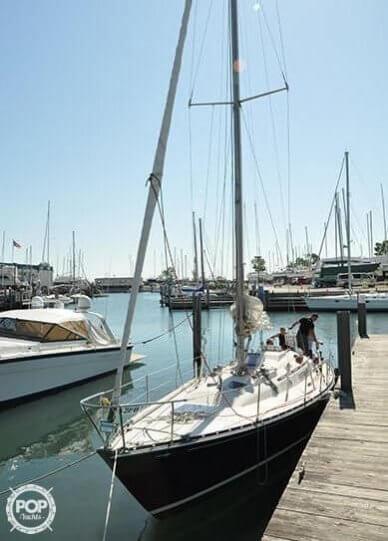 C & C Yachts 39, 39', for sale - $27,000