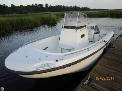 Boston Whaler 21 Outrage, 21', for sale - $14,500