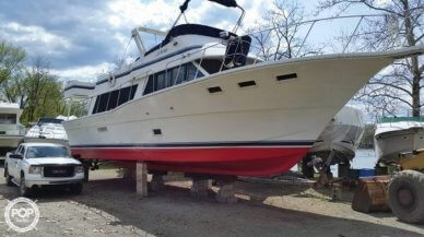Bluewater 5300 Sedan MY, 52', for sale - $79,900