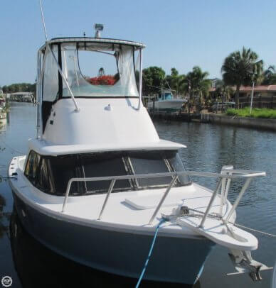 Bertram 31 SF, 30', for sale - $45,000