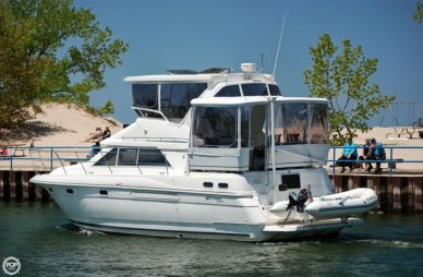 Cruisers Aft Cabin 3650, 38', for sale - $79,000