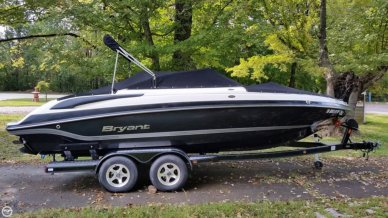Bryant 220 BR, 22', for sale - $36,900