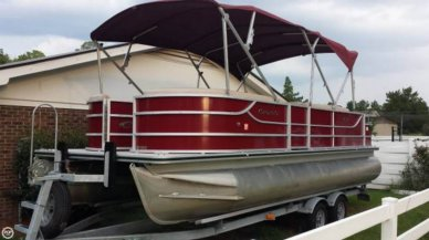 Crest II Fish 230SF, 23', for sale - $30,600