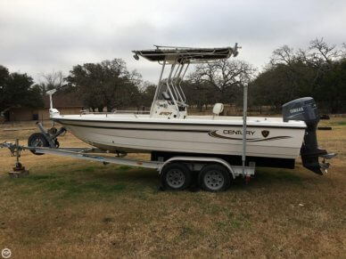 Century 2101 CC Bay Boat, 21', for sale