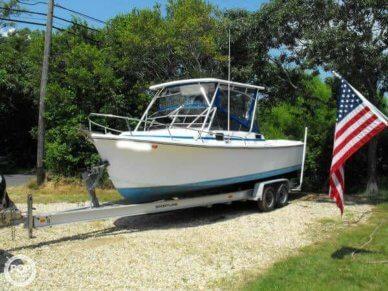 Shamrock 260, 25', for sale - $9,500