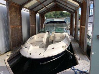 Sea Ray 240 Sundeck, 24', for sale - $39,990