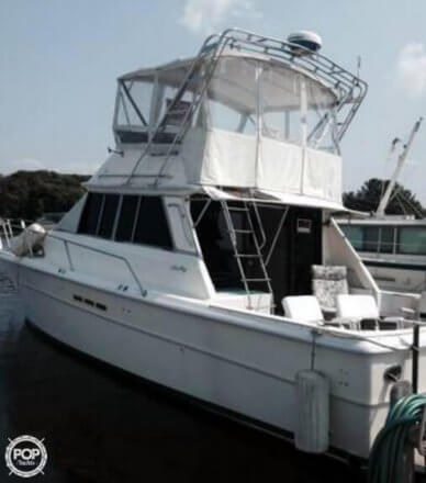 Sea Ray SRV 390, 39', for sale - $35,900