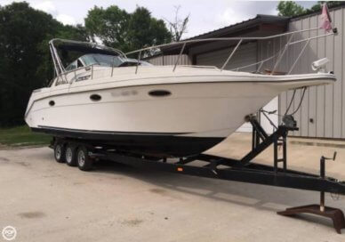 Rinker 300 Fiesta Vee, 33', for sale - $11,249
