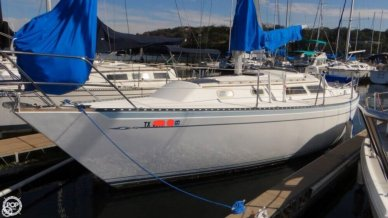 Islander MKII, 32', for sale - $24,700