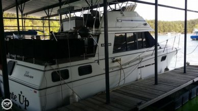 Carver 3207 Aft Cabin, 32', for sale - $24,000