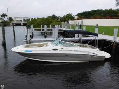Sea Ray 240 Sundeck, 26', for sale - $22,500