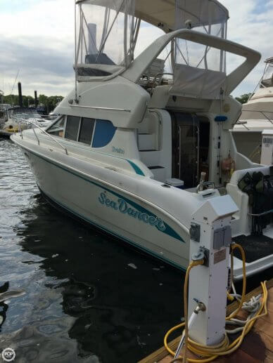 Silverton 312 Sedan Cruiser, 31', for sale - $21,500