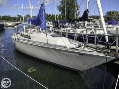 C & C Yachts Landfall 38 Sloop, 37', for sale - $39,500